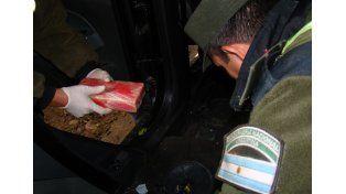 Incautaron 28 kilos de cocaína ocultos en un tanque de agua en Salta