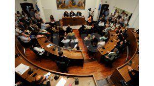 Tiempo. Ediles de la oposición esperan explicaciones antes de abordar el endeudamiento pedido por el intendente Corral.