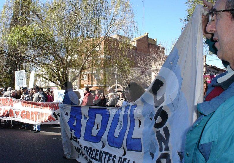 Convocan a una movilización nacional por la universidad pública para este jueves