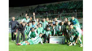 Llevan seis meses sin cobrar, ganaron por la Copa Argentina y se  repartieron el premio