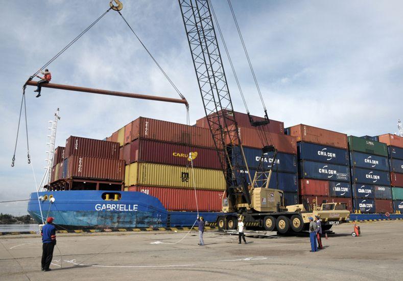 Corral manifestó su satisfacción por nuevas tareas en el Puerto de Santa Fe