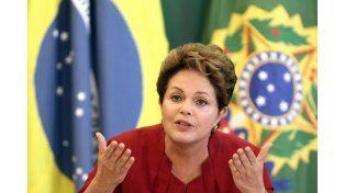 Rousseff pidió cautela ante la suspensión del proceso en su contra