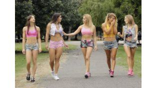 "El caliente ""Picky Picky"" de las chicas de Combate"