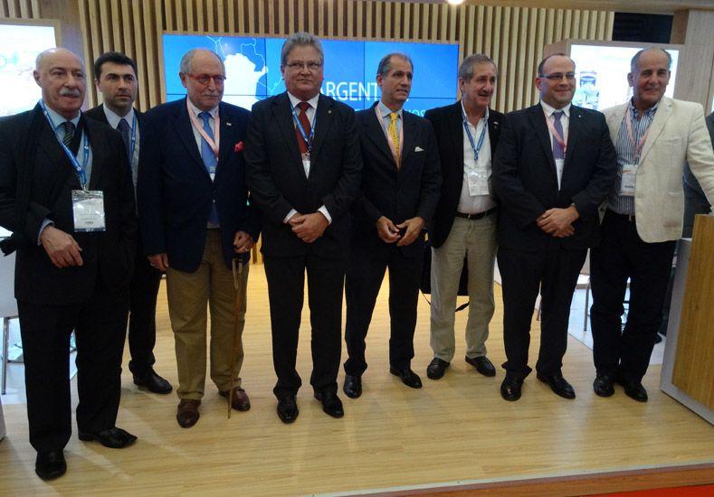 De izquierda a derecha: Juan José Ciácera del CFI; Braga