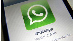El truco para leer mensajes de WhatsApp sin que nadie se entere