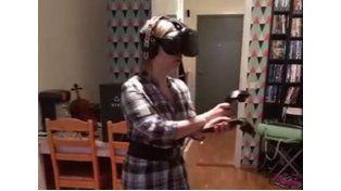 Video: sufre un ataque de pánico por luchar con zombies en realidad virtual
