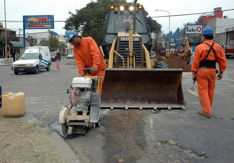 Municipio y Assa trabajarán juntos en la reconstrucción de calles
