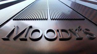 Moodys pronostica aumento de desempleo e inflación arriba de 30% para 2016