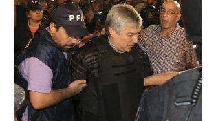 El empresario Lázaro Báez al momento de ser detenido.