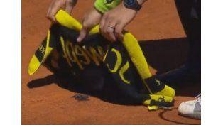 Un tenista argentino perdió en Madrid, pero lo ovacionaron por atrapar un murciélago