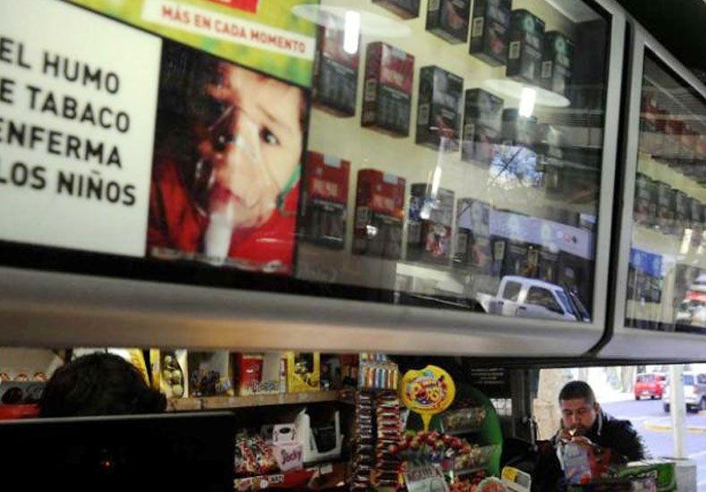 Los cigarrillos, 60% más caros: los Marlboro veinte se van a 43 pesos
