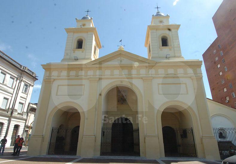 Este lunes abre en la Catedral la segunda heladera social de la ciudad