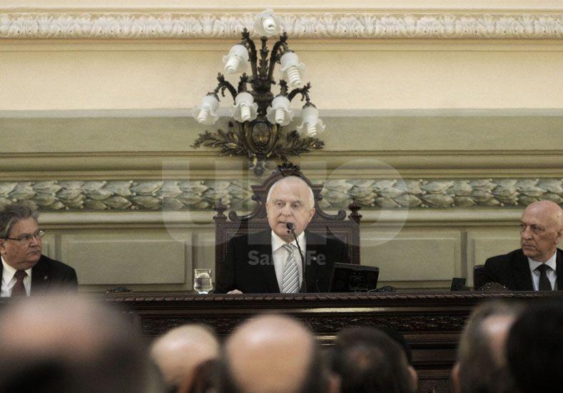 Lifschitz anunció que impulsará la modernización de la Constitución Provincial
