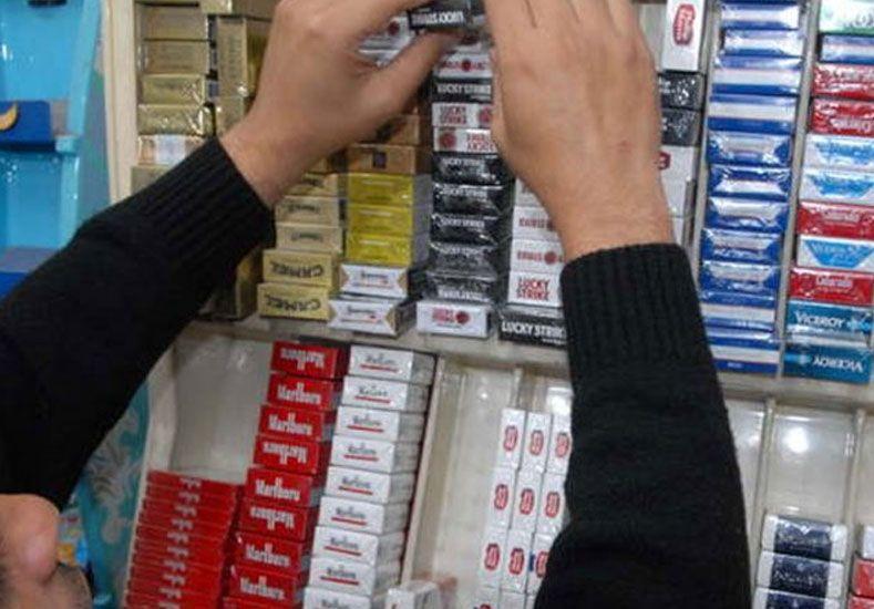 Tabacaleras amenazaron con aumentar los cigarrillos un 40%