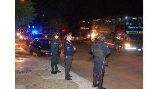 Más de 250 hinchas de Boca y Rafa Di Zeo, detenidos en Paraguay