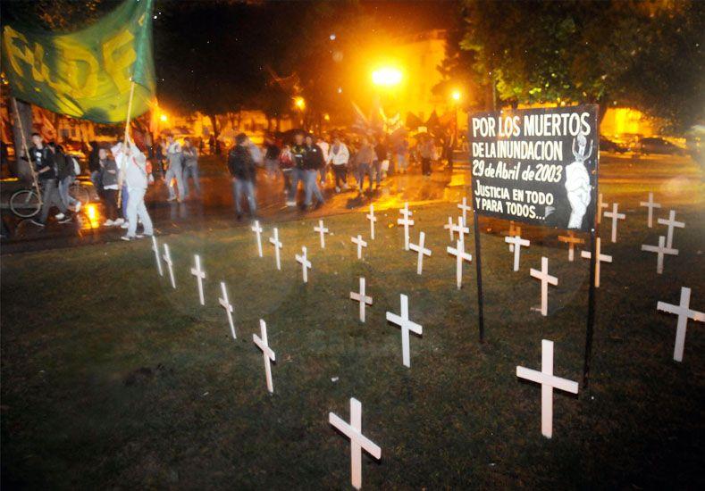 A 13 años de la inundación de 2003, los santafesinos siguen pidiendo justicia