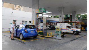 estacioneros a favor del aumento en las naftas para salir de la asfixia