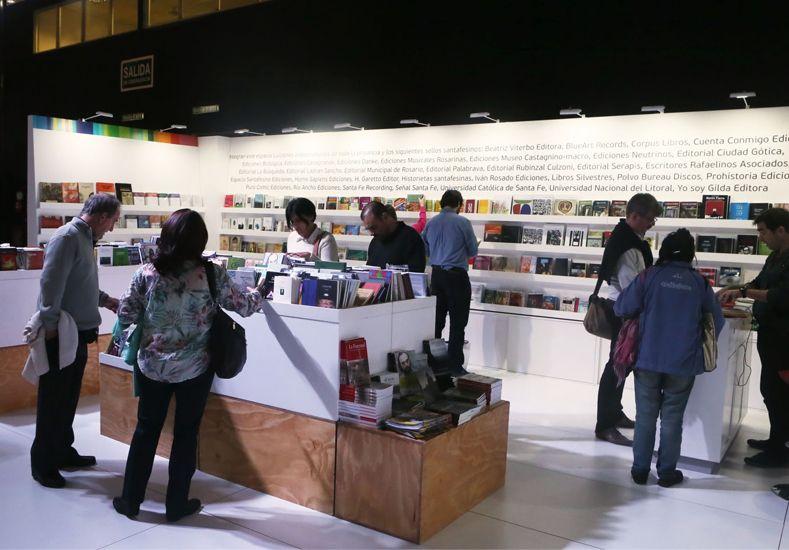 Santa Fe celebra su día en la Feria del Libro de Buenos Aires