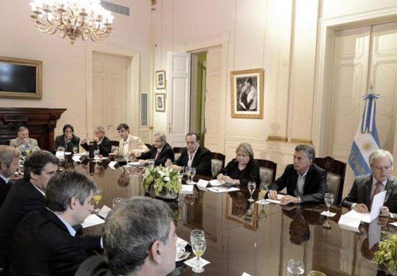 Corral participó de una reunión de Intendentes convocada por el Presidente