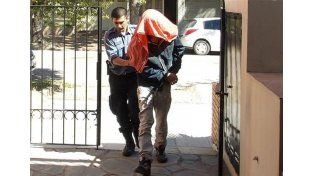 Manuel Díaz. El exempleado del Poder Judicial fue detenido por haber violado a su hija. Le dieron libertad condicional y la volvió a atacar.
