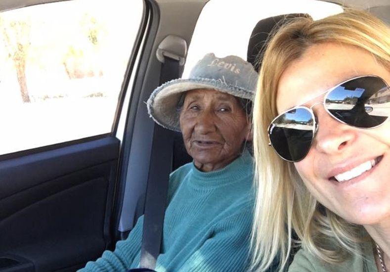 Perdió el colectivo a Humahuaca y una famosa actriz la llevo