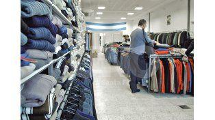 Vacío. Muchos negocios sufrieron el efecto en las ventas de más de 20 días de lluvia constante / Foto: Juan Manuel Baialardo - Uno Santa Fe