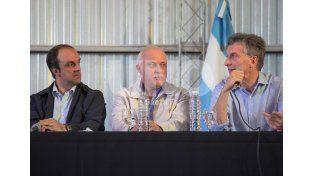 Emergencia hídrica: el presidente Macri sobrevoló el territorio santafesino afectado