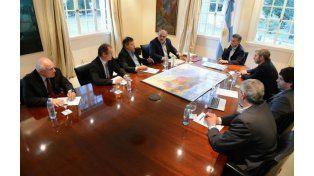 Macri se reunió con Lifschitz y anunció la creación de un fondo para zonas inundadas