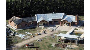 La propiedad que la familia Cantero tiene en Pérez. Es uno de los inmuebles que serán decomisados por la Justicia.