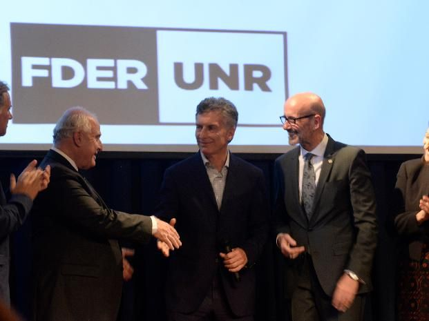 Macri se reúne con los gobernadores de Santa Fe, Córdoba y Entre Ríos por las inundaciones