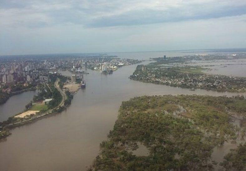 Los ríos siguen bajando y permanecen evacuadas 2.400 personas en la provincia