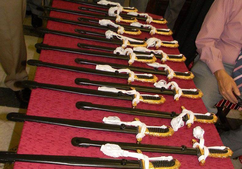 La entrega de los Sables Couteaux