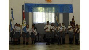 El Director felicitó a los cadetes de Vto. año por el trascendente logro alcanzado.