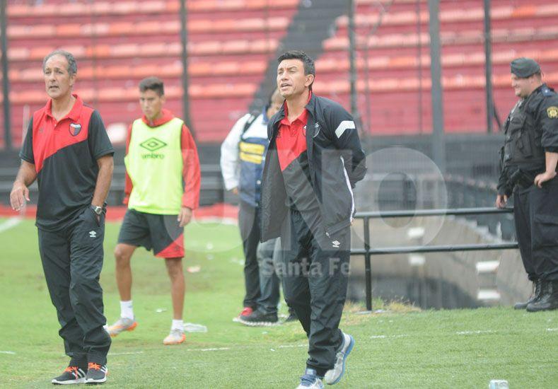 Ricardo Johansen comenzó a trabajar con el plantel junto a su ayudante de campo
