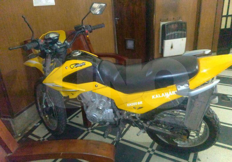 La moto que fue protagonista del accidente.