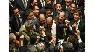 Diputados aprobó el juicio político contra Dilma Rousseff