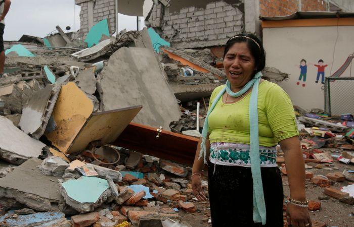 El vicepresidente ecuatoriano aseguró que la situación es particularmente compleja en el balneario costero de Pedernales