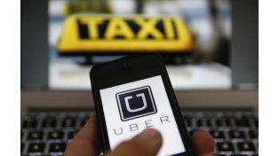Toma taxi o toma Uber, el cuarteto viral del momento