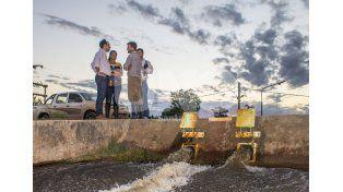 Emergencia hídrica: José Corral recorrió Colastiné Norte