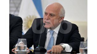 Lifschitz: La provincia no puede subsidiar al transporte porque es responsabilidad de la Nación
