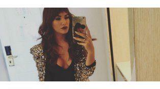 Lali Espósito a pura selfie sexy y recorriendo países por trabajo