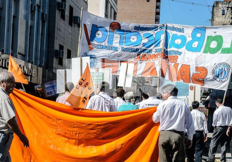 Mañana no habrá actividad bancaria en todo el país por un paro en protesta por despidos