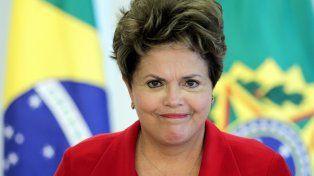 La comisión legislativa de Brasil recomendó hacer el juicio político a Dilma Rousseff