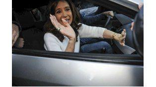 Así se dirigía Cristina Kirchner al aeropuerto en Calafate