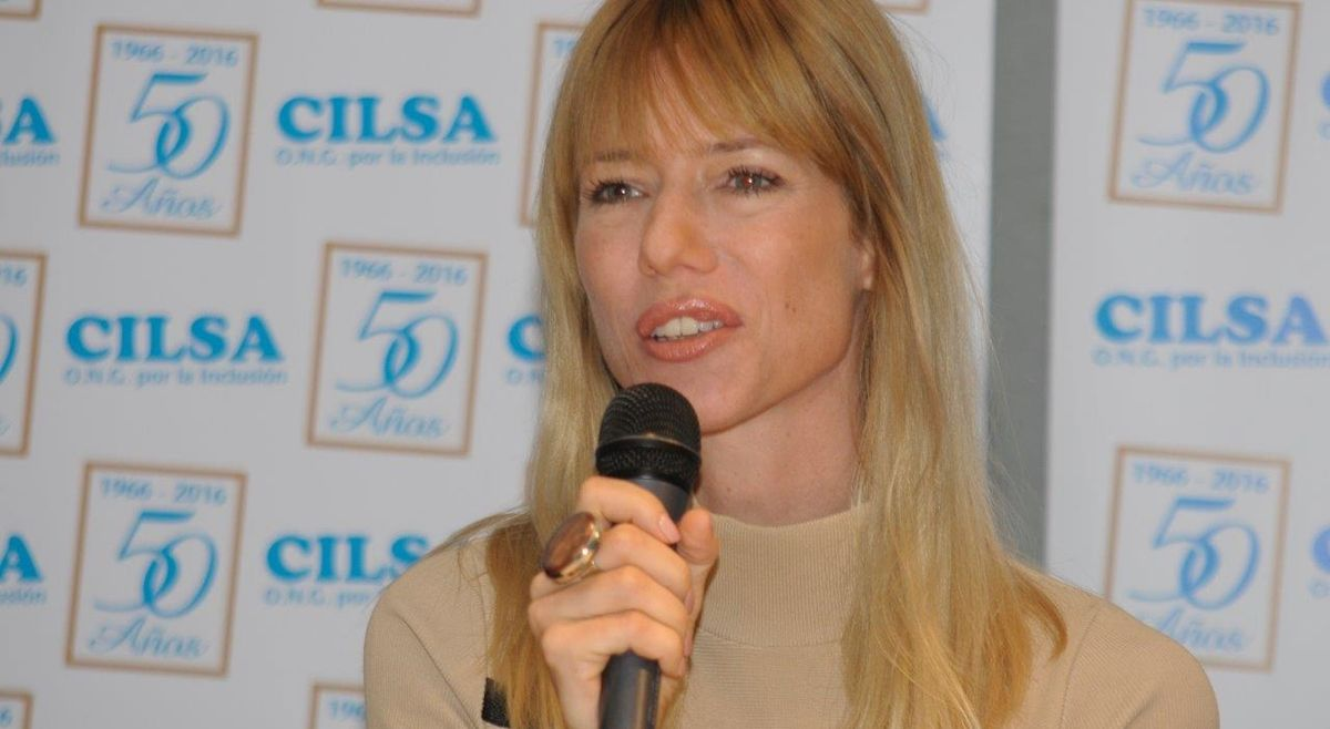Nicole Neumann desparramó alegría en evento solidario