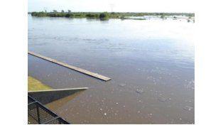 Continúan las lluvias en el centro provincial y sigue la crecida de los ríos Paraná y Salado