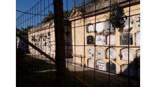 """Arancedo: """"Es triste el estado del cementerio municipal"""""""