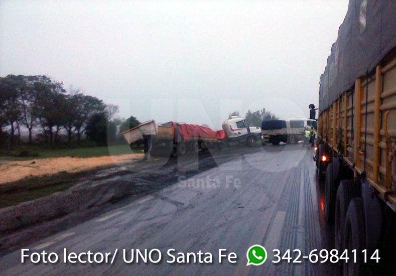 Un lector de UNO Santa Fe compartió las imágenes del accidente a través de Whatsapp