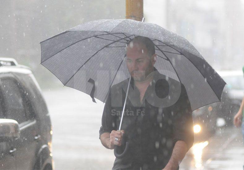 Sigue el mal tiempo y rige un alerta meteorológico para toda la provincia