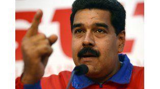 Maduro: los viernes no se labura por la crisis